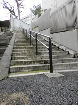 お化け階段.jpg