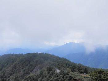 三ツ峠山頂からの眺望.jpg