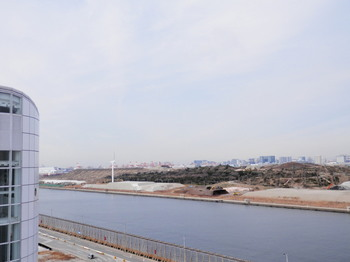中央防波堤.jpg