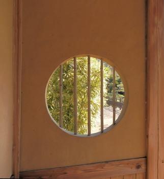 円窓2.jpg