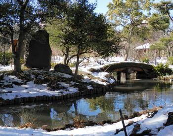 向島百花園雪景色2.jpg