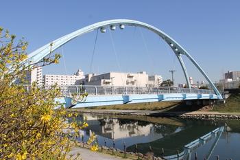旧中川(ふれあい橋).JPG