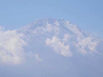 明神山の山頂から(富士山のアップ).jpg