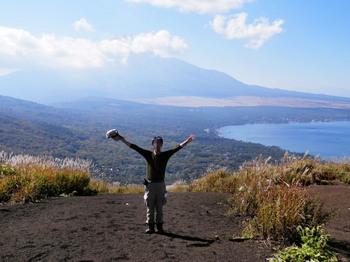 明神山の山頂から(記念撮影).jpg