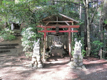 稲荷山コース(稲荷神社).jpg