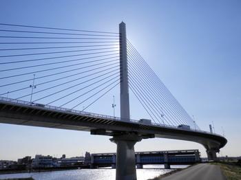 葛飾ハープ橋.jpg