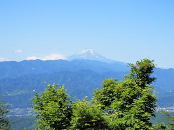 陣馬山頂上(富士見2).jpg