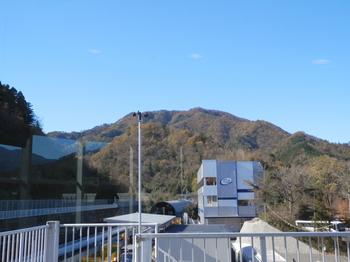 高川山(リニア見学センターから).JPG