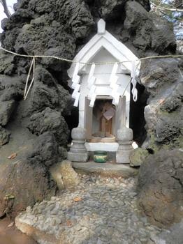 鳩森八幡神社(富士塚祠).jpg