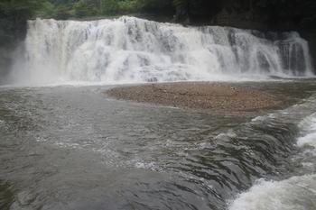 龍門の滝3.JPG