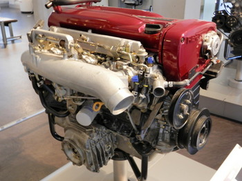 GT-R(R32型)エンジン.jpg