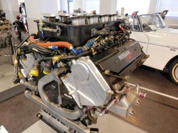 VRH50A型エンジン.jpg